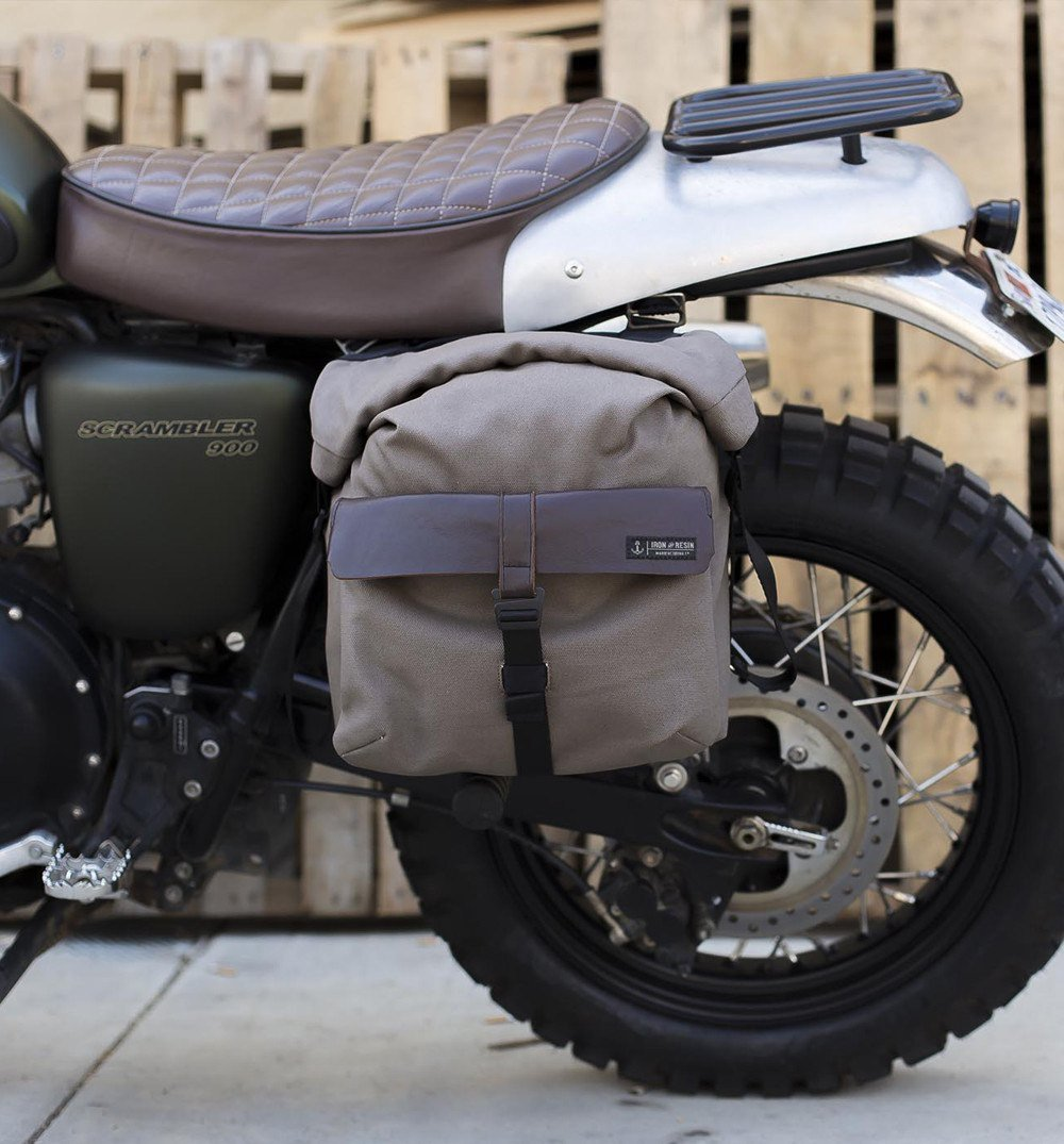 Iron-and-Resin-Moto-Pannier-bike